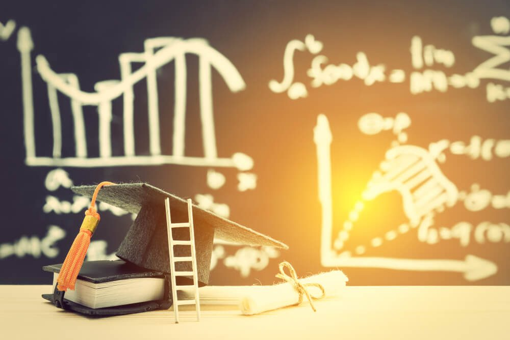 how to succeed in higher education digital marketing